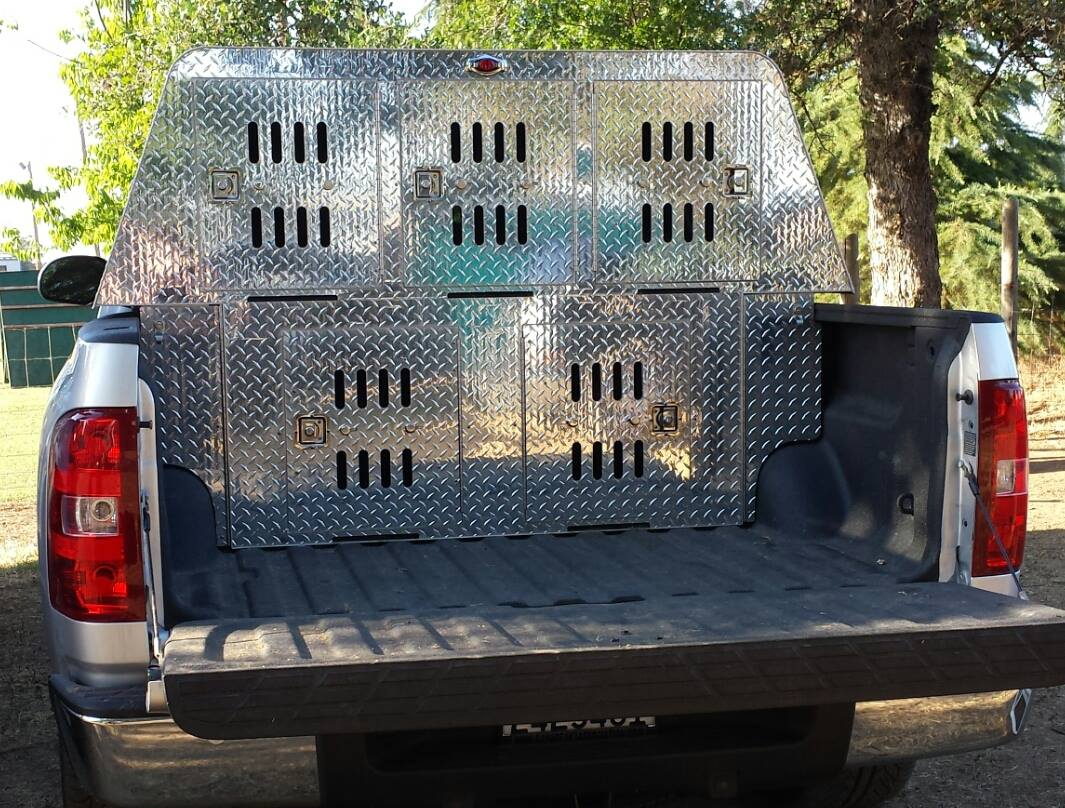 Rogue Custom Crates - Aluminum Dog Crates - Dog Crate - Police Dog